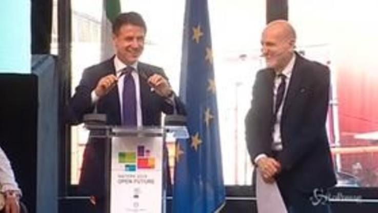 """Matera, Conte: """"Con gli oppositori politici si negozia, con la Ue e le mogli no"""""""