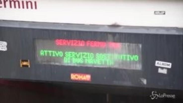 Roma, metro A ferma per ore per un guasto