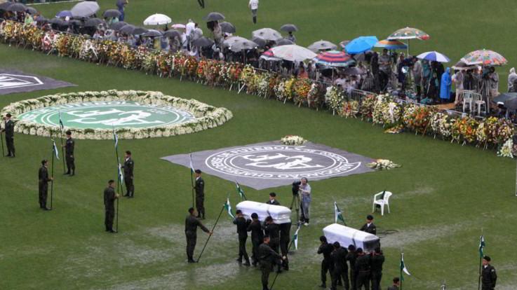 Dal Grande Torino alla Chapecoense, quanti incidenti aerei nel calcio