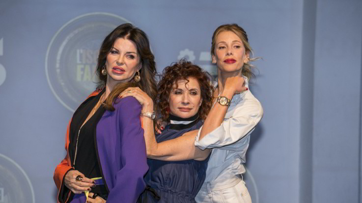 """Alessia, Alba e Alda: tre """"A"""" per l'Isola dei Famosi (e dei Pirati)   Foto"""