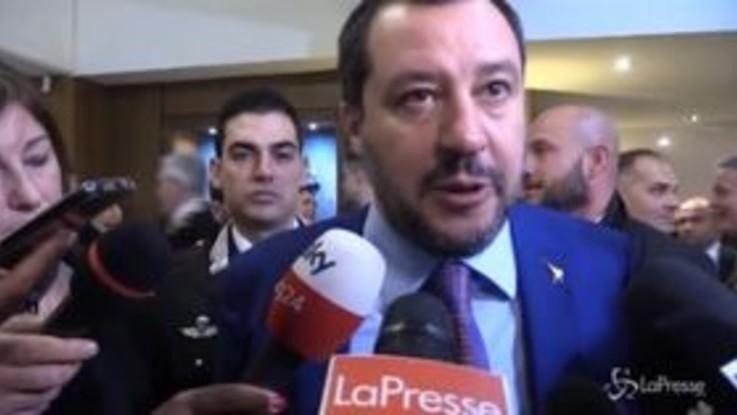"""Sgombero al Cara, Salvini: """"Chiuderemo centri con sprechi e reati"""""""