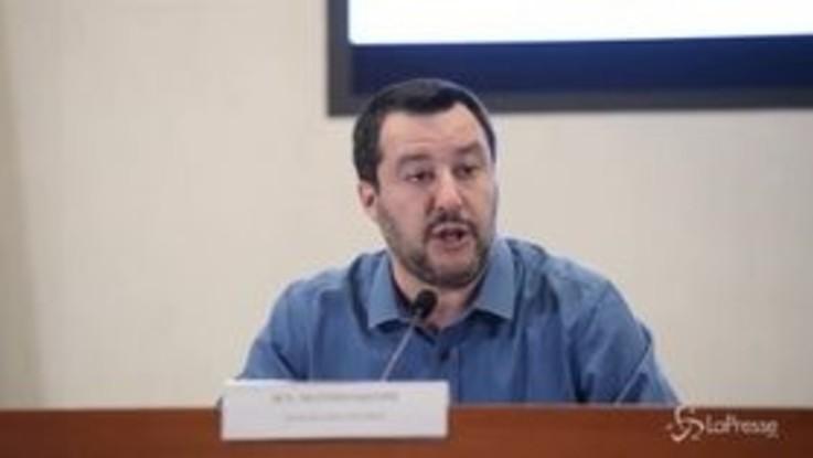"""Salvini: """"Dopo Castelnuovo sgombereremo le baraccopoli di Foggia e Reggio Calabria"""""""