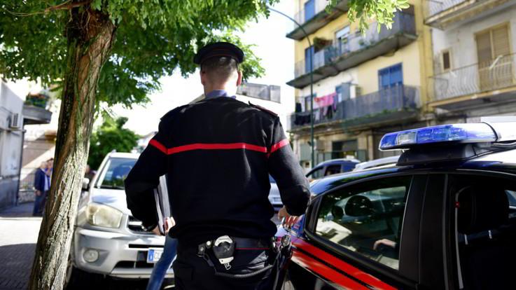 Controllavano compro oro, discoteche e ditte di trasloco: blitz antimafia nel Viterbese, 13 arresti
