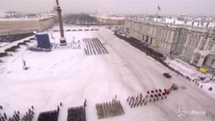 Russia, parata per il 75° dalla fine dell'assedio di Leningrado