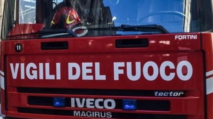 Lecce, precipita ultraleggero sulla provinciale: 2 morti