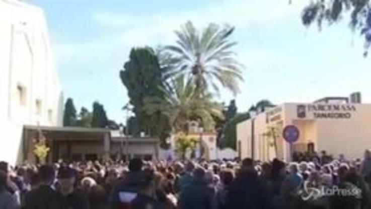 Spagna, a Malaga i funerali del piccolo Julen