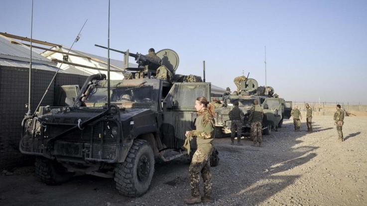 """Afghanistan, l'Italia ipotizza di ritirare le truppe entro un anno. Esulta il M5S, critiche da FI: """"Trenta riferisca in Parlamento"""""""