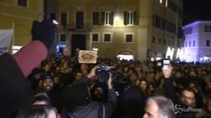 """Sea Watch, """"Non siamo pesci"""": a Montecitorio la manifestazione pro migranti"""