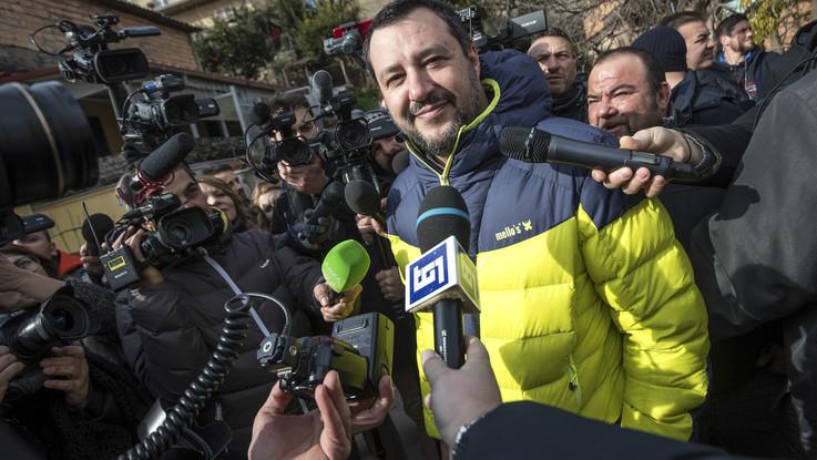 """Diciotti, Salvini: """"Va negata autorizzazione a procedere"""". Toninelli: """"Decidemmo tutti insieme"""""""