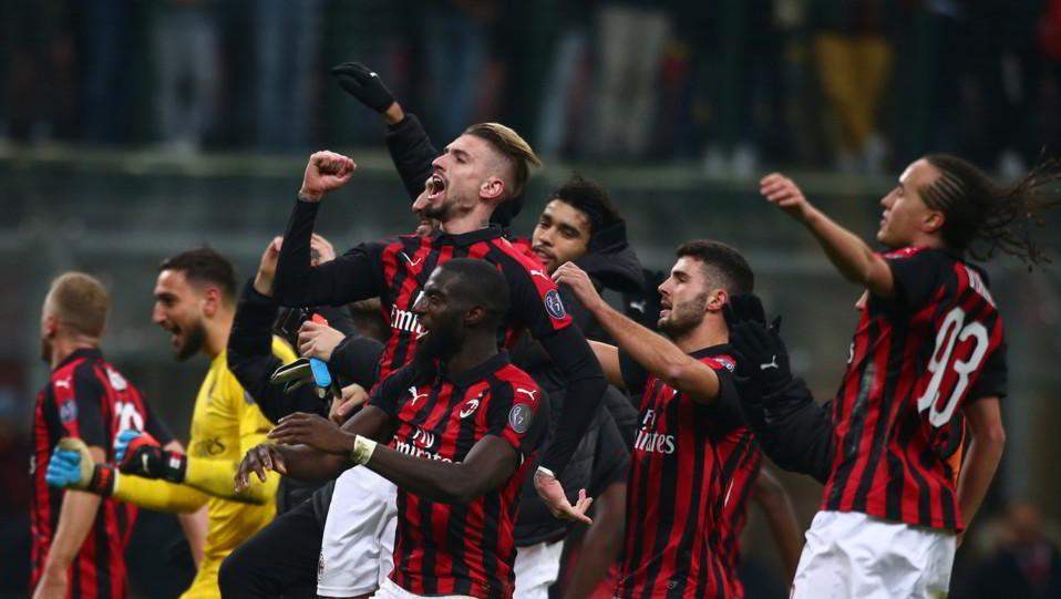 Il Milan esulta a fine match ©