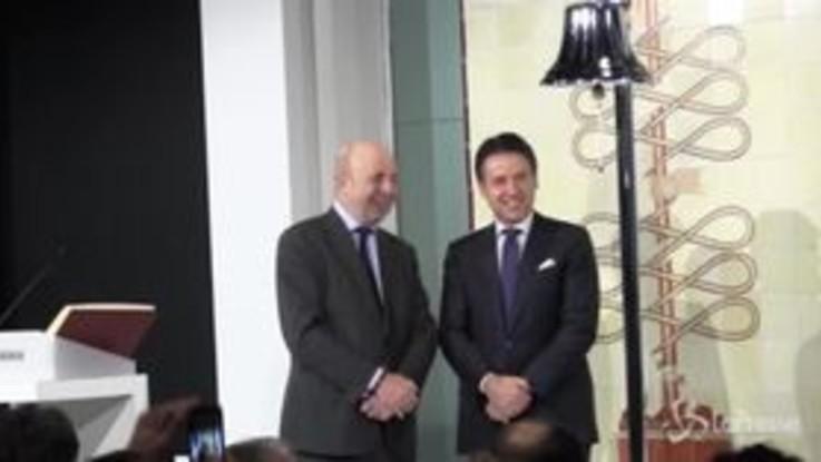 Conte a Milano: il Premier suona la campanella della Borsa