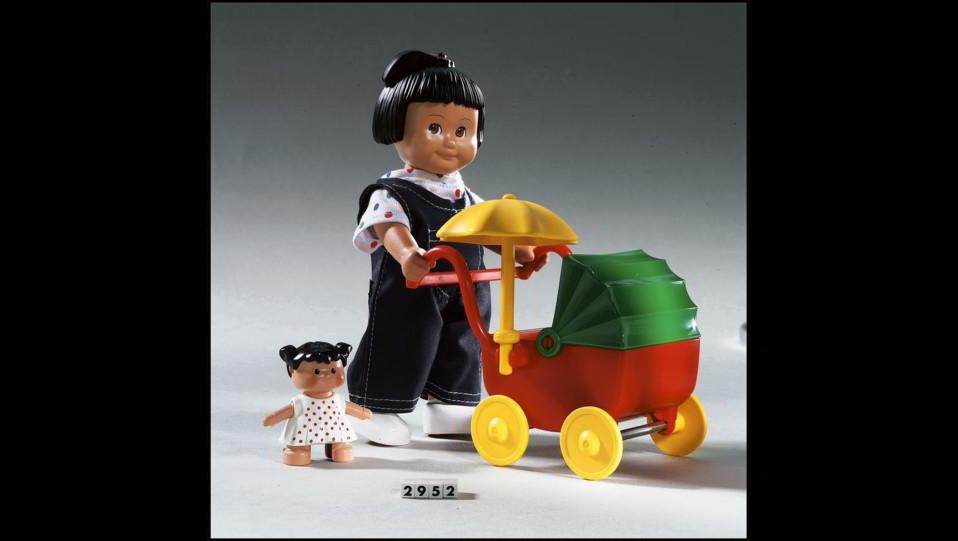 2001 - Arrivano le bambole LEGO DUPLO ma spariscono lo stesso anno ©
