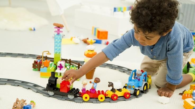 Grandi mattoncini per piccole mani: LEGO DUPLO festeggia i suoi primi 50 anni