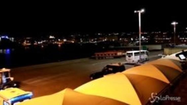 Sea Watch in viaggio verso Catania, attesa in porto