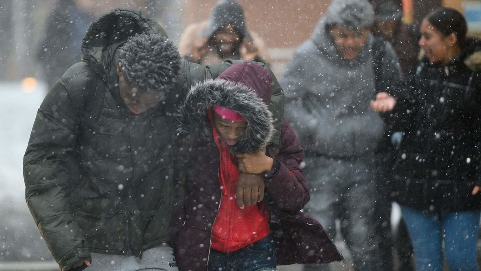 Manhattan (New York), passanti nel gelo ©
