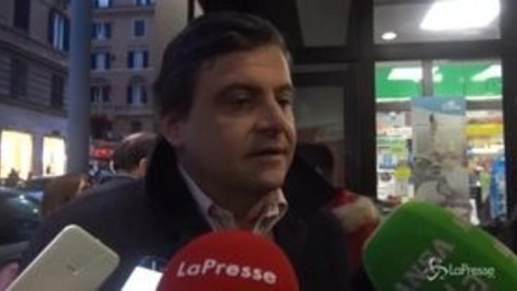 """Recessione, Calenda: """"Di Maio mi chiami"""""""