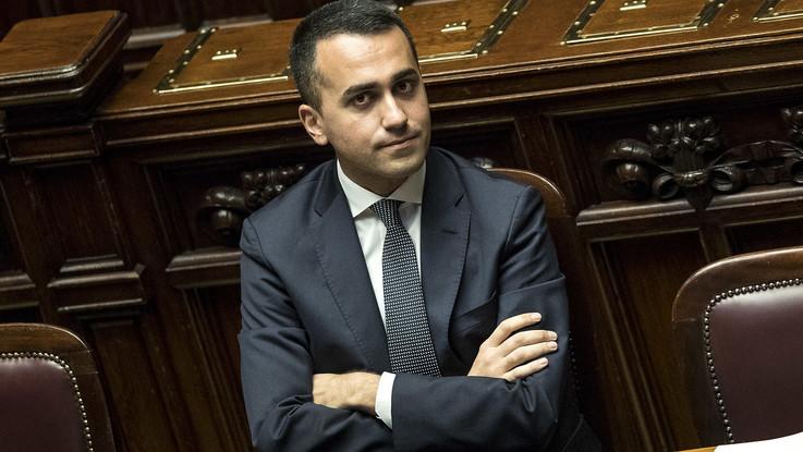 """Scontro sulla Tav, Di Maio: """"Finché il M5S sarà al governo, non ha storia"""". Di Battista: """"Lega favorevole? Torni da Berlusconi  e non rompa i c..."""""""