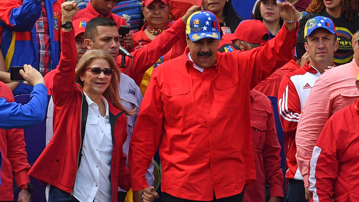 """Venezuela, Maduro: """"Rischio guerra civile, il popolo si sta armando"""". La Francia ribadisce l'ultimatum: """"Convochi presidenziali o riconosceremo Guaido"""""""