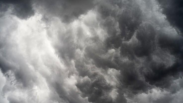 Nuvole e qualche pioggia: il meteo del 7 e 8 febbraio