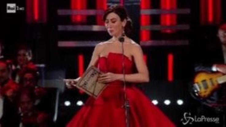 Sanremo, Virginia Raffaele esilarante in versione lirica
