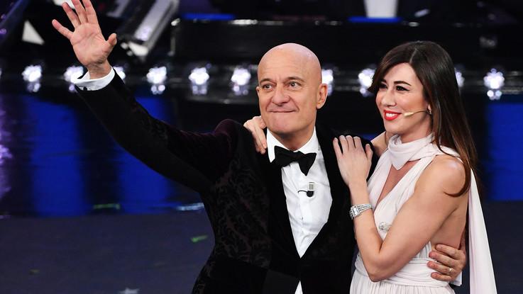 Sanremo, la terza serata. Sul palco 12 big, Ovazione per Antonello Venditti. Grande Ornella