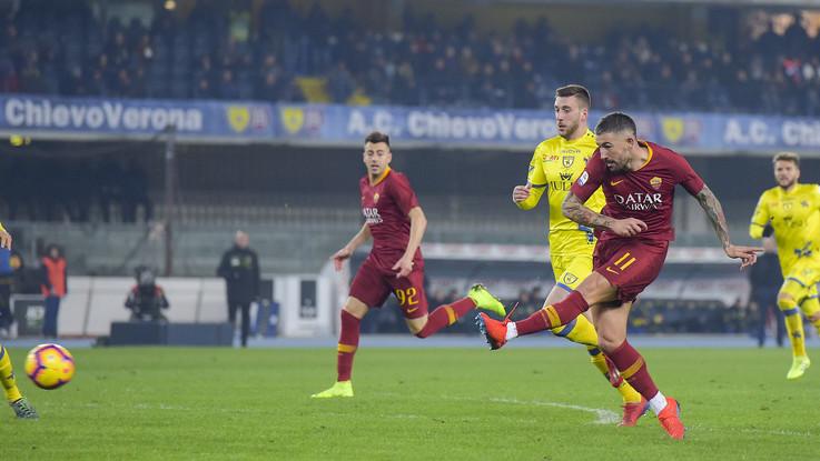 Serie A, la Roma cala tris al Benetegodi: il Chievo è travolto 3-0. Giallorossi quarti