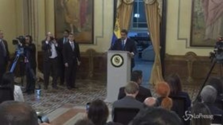 Venezuela, Maduro boccia documento Montevideo