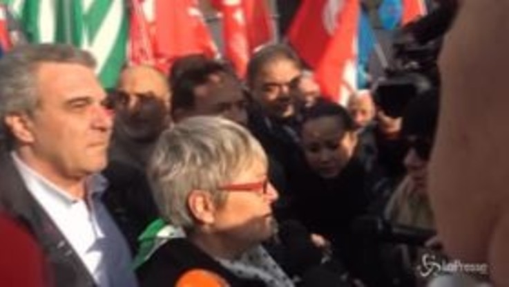 "Sindacati in piazza, Furlan: ""Il governo cambi rotta"""