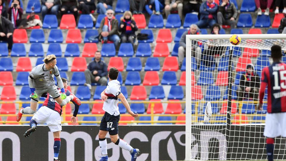 Mattia Destro (Bologna F.C.) realizza il gol dell'1-0 ©