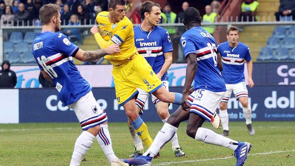 Ciofani realizza il gol dello 0-1, Frosinone in vantaggio ©