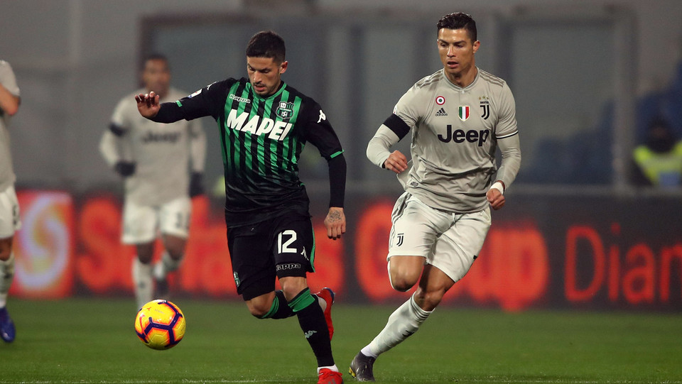 Sensi contro Ronaldo ©