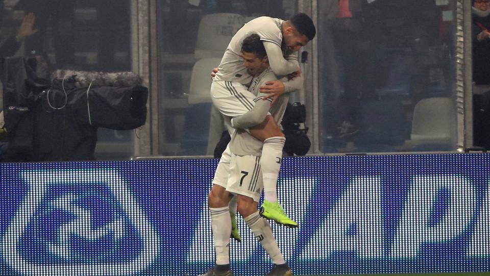 Nel finale Emre Can fa tris su assist di Ronaldo. La Juve dilaga a Sassuolo, finisce 3-0 ©