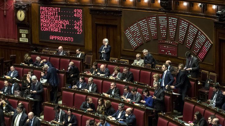 Approvato alla Camera il decreto per salvare la Carige