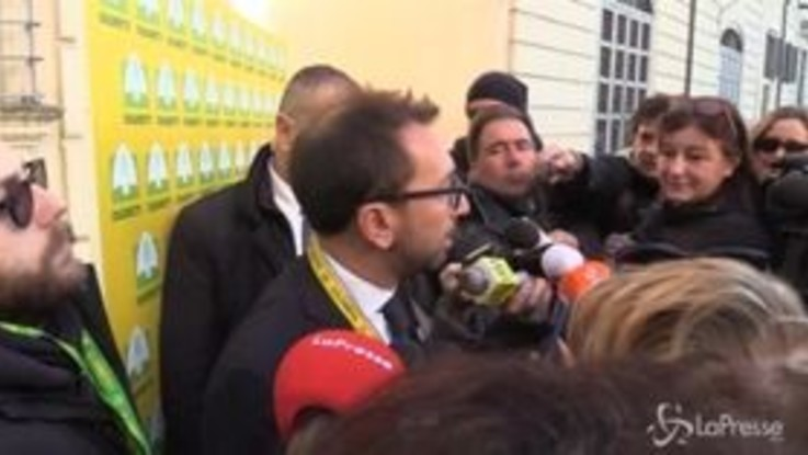 """Diciotti, Bonafede: """"Ho visto le carte ma decide la Giunta per le immunità"""""""