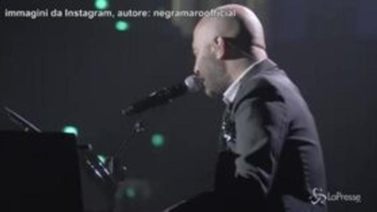 Tour Negramaro, sul palco di Rimini sale a sorpresa Lele Spedicato