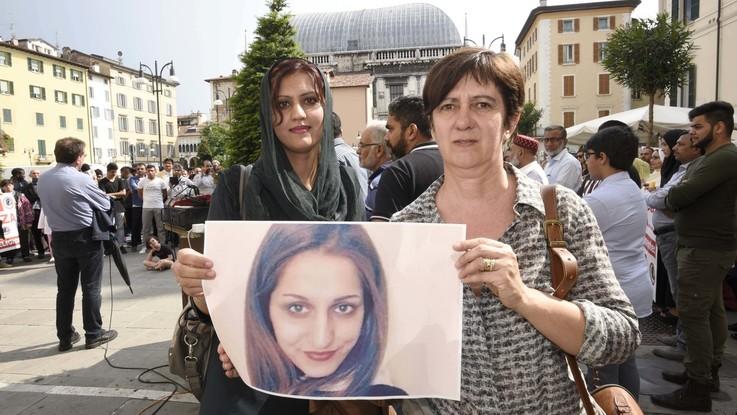 Omicidio Sana, assolti padre, zio e fratello della ragazza italo-pakistana