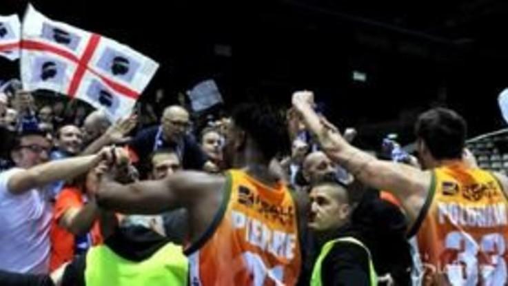 Basket, Coppa Italia: avanzano Sassari e Brindisi
