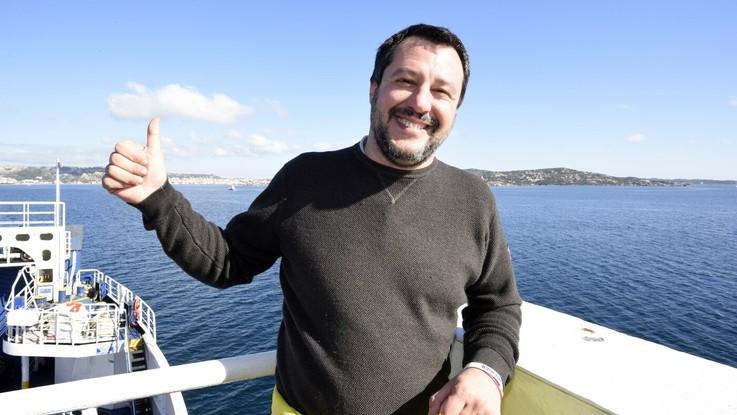 """Diciotti, Salvini: """"Il governo andrà avanti in ogni caso. Voto M5S online? Spero non succeda come a Sanremo"""""""