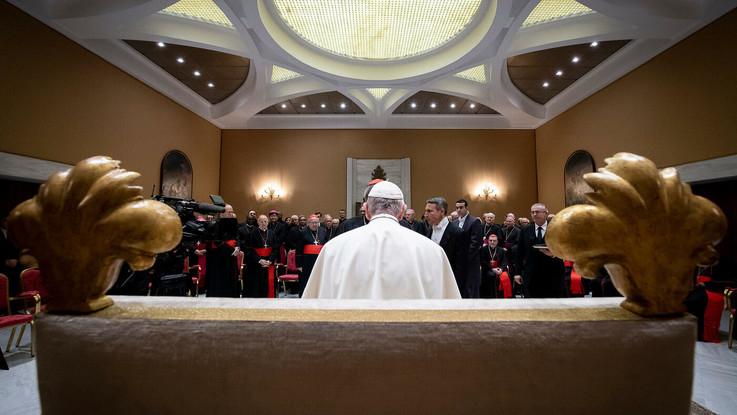 """Vaticano, primo vertice della storia sulla pedofilia: """"Serve impegno di tutti per guardare in faccia il mostro"""""""