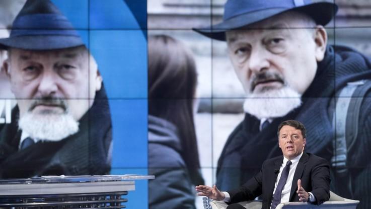 """Domiciliari ai genitori di Renzi, gip: """"Unico programma criminoso"""". Il senatore: """"Capolavoro mediatico, oscura il caso Diciotti"""""""