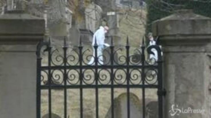 Francia, vandali al cimitero ebraico: i rilievi della polizia