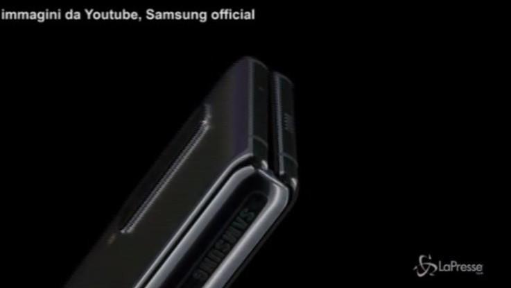 Inizia l'era degli smartphone pieghevoli: ecco Samsung Galaxy Fold