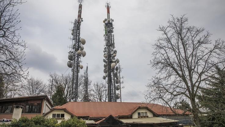 Tim-Vodafone, intesa per condividere la rete mobile del 5G