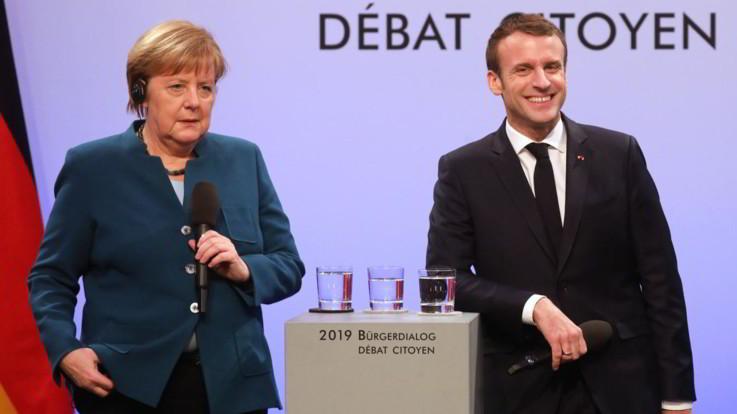 Ue, accordo Parigi-Berlino sull'eurobudget: fondi solo ai Paesi che fanno riforme