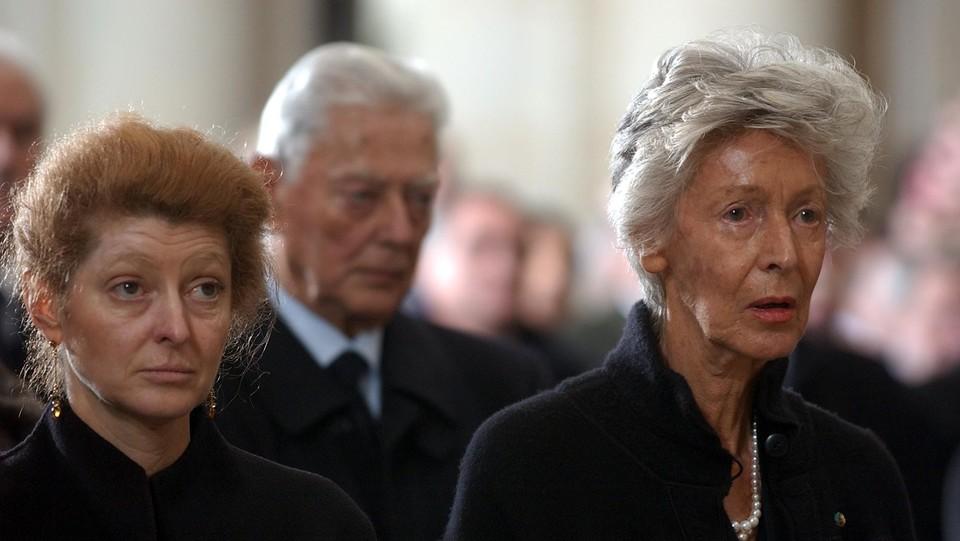 Gennaio 2003, ai funerali del marito Giovanni con il cognato Umberto e la figlia Margherita ©