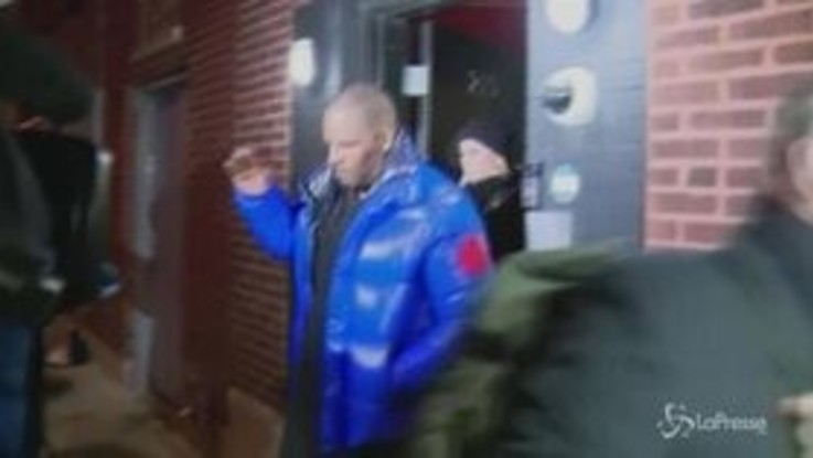 In manette R. Kelly: il cantante Usa è accusato di abusi su minori