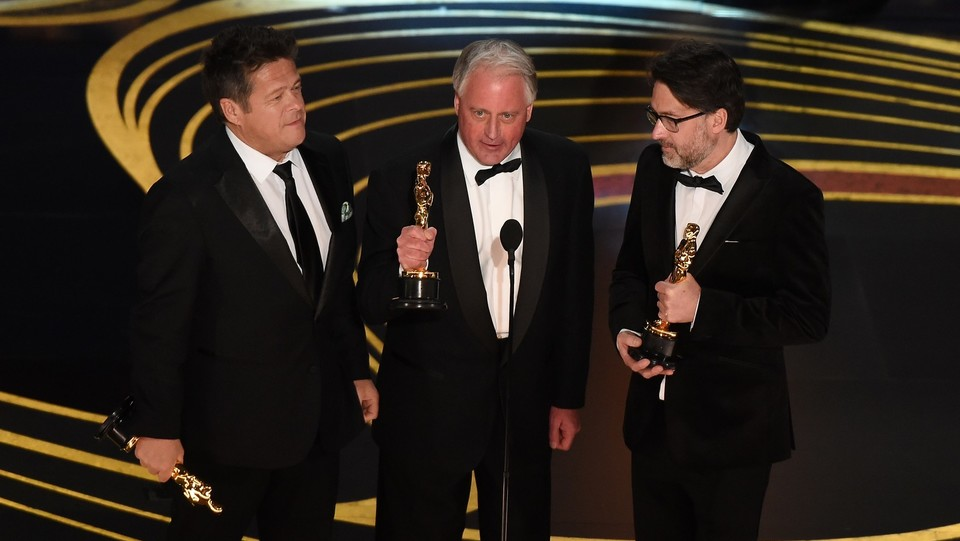 Paul Massey, Tim Cavagin e John Casali vincono l'Oscar come Sound Mixing per