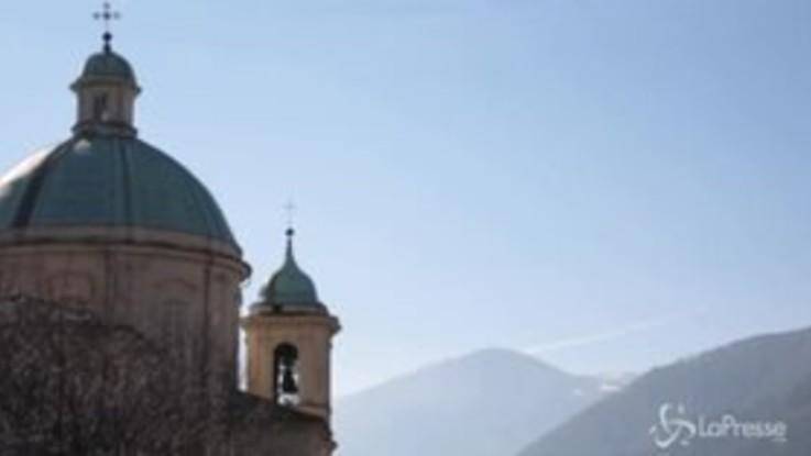"""Funerali di Marella Agnelli, il vescovo: """"La sua bara e quella del marito si guardano"""""""
