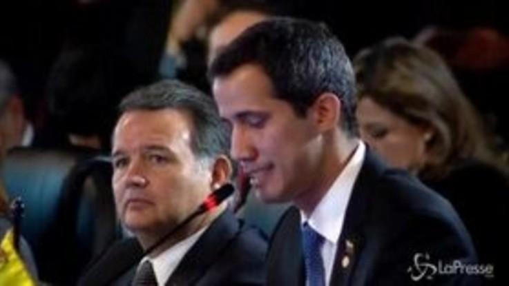 Venezuela, Guaidò avverte Maduro