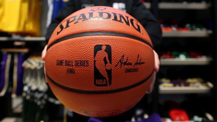 Basket, Nba: Denver supera Oklahoma City, Toronto doma Boston
